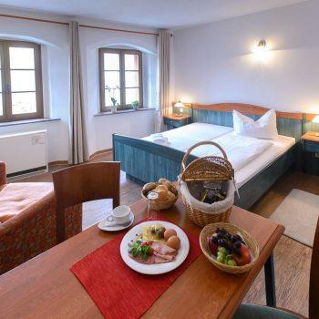 Thumbnail - Doppelzimmer – Marktblick - bautzen-pension-zimmer-002-1.jpg
