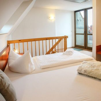 Thumbnail - Maisonette-Zimmer Dächerblick - bautzen-pension-zimmer-005.jpg
