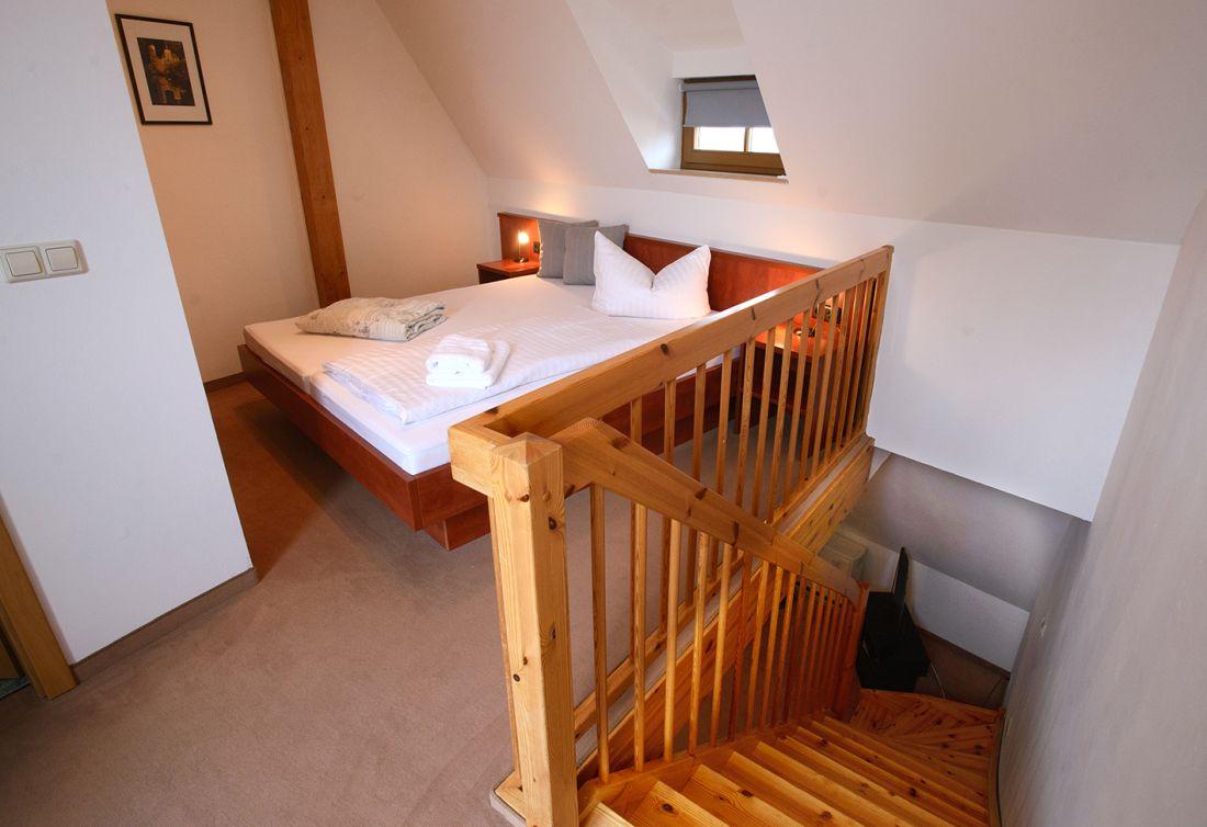 Maisonette-Zimmer Dächerblick - bautzen-pension-zimmer-004.jpg
