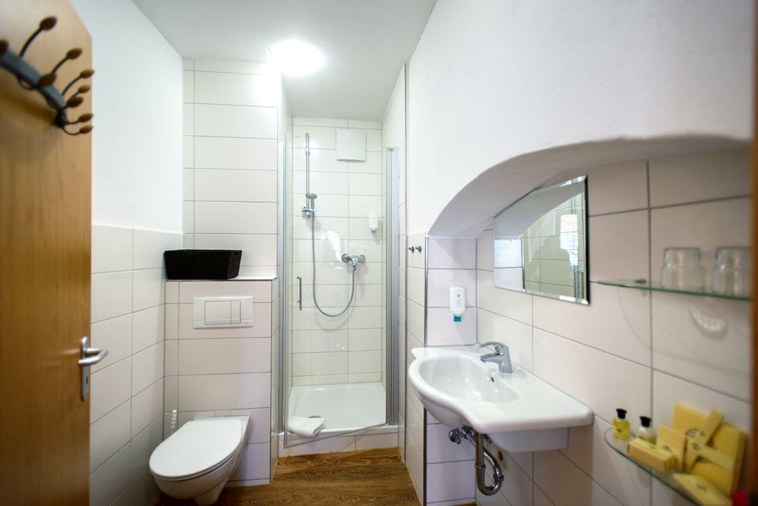 Doppelzimmer Domblick - bautzen-pension-zimmer-005-2.jpg