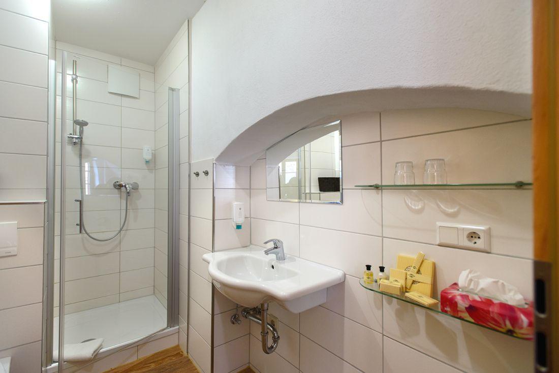 Doppelzimmer Domblick - bautzen-pension-zimmer-006-2.jpg